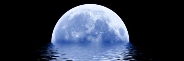 Quantum Leaps with the Full Blue Moon in Aquarius